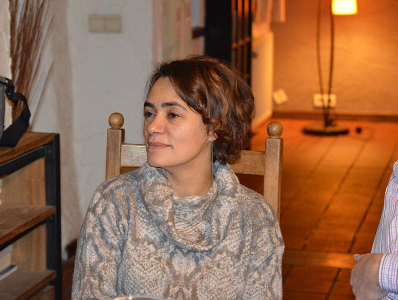 Nathalie Delvenne prépare l'expo de José Lecuyer